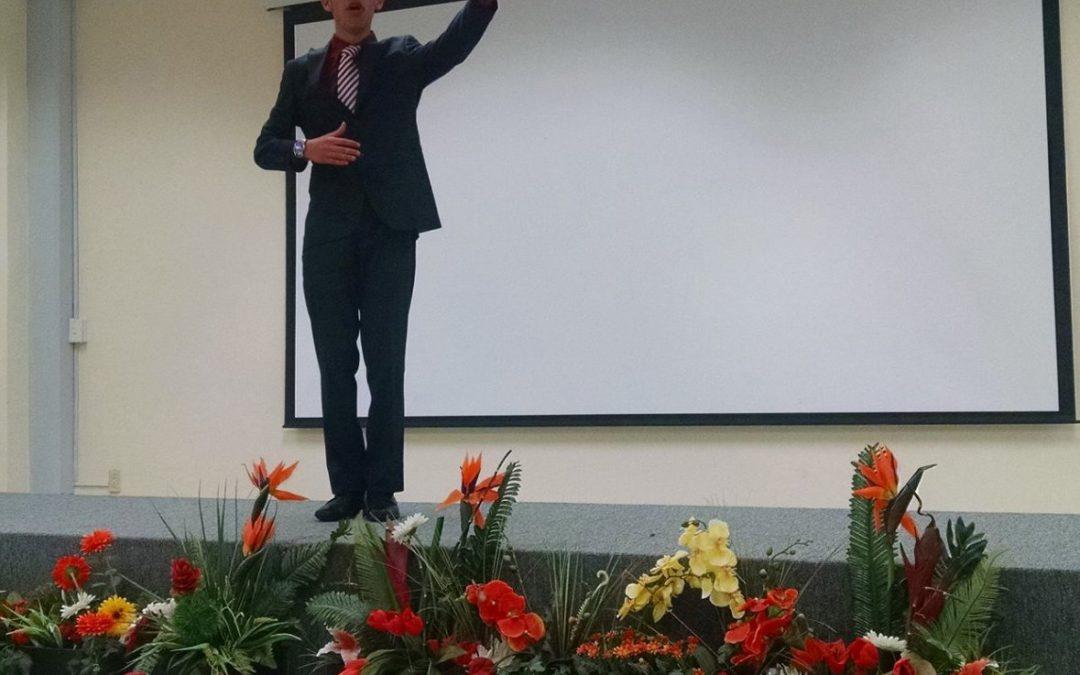 GRAN ACEPTACIÓN DE JÓVENES POR PARTICIPAR EN CONCURSO DE ORATORIA 2020