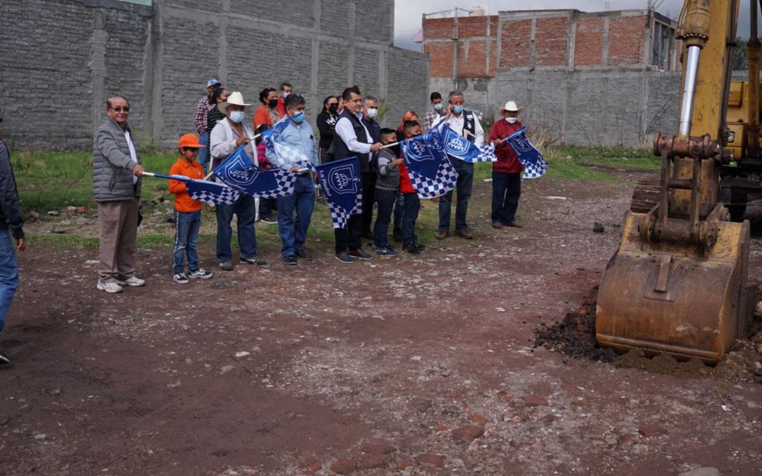 INICIA PAVIMENTO QUE BENEFICIARÁ A POR LO MENOS CUATRO COLONIAS AL PONIENTE DE LA CIUDAD